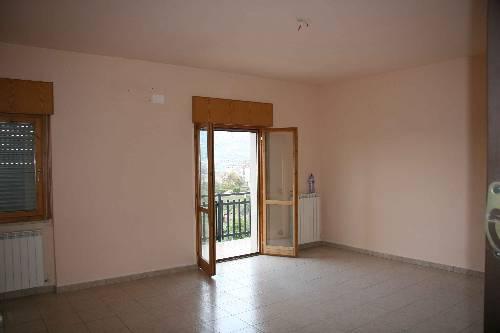 Montalto uffugo locali affitto cosenza appartamenti for Cercasi locali commerciali in affitto